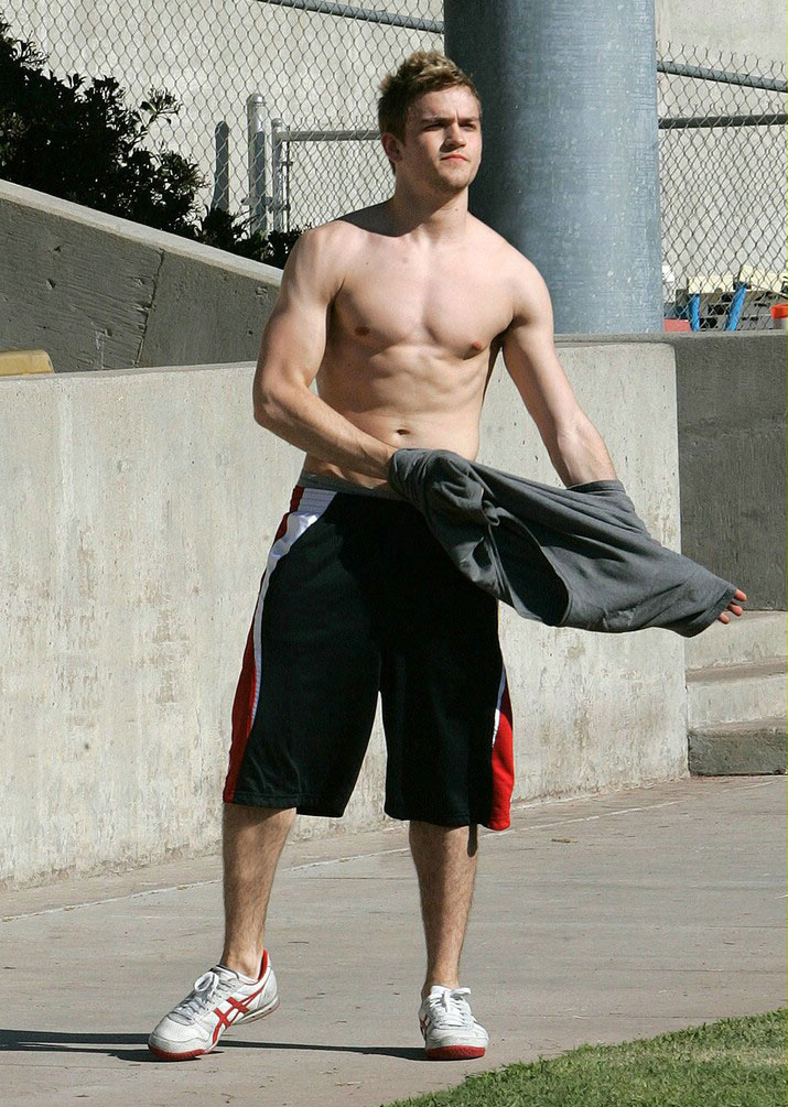 DANNY SHIRTLESS.